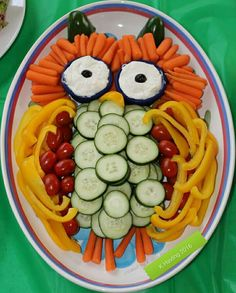 Veggie owl I made for a Woodland themed baby shower. As seen on blog.mariapalitousa.com