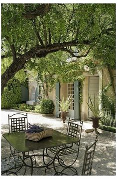 Outdoor Rooms, Outdoor Gardens, Outdoor Living, Provence Garden, Provence France, Provence Style, Mediterranean Garden, French Country House, French Farmhouse