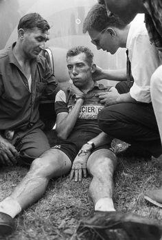 1959 7/7 rit 12 > Chute de René Privat (abandon 16ème étape)