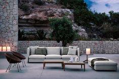 RODA propone la propria visione dell'Italian design nel mondo realizzando arredamento per esterno di alta qualità. Scopri tutte le proposte RODA per arredamento outdoor: salotti, divani, poltrone, pouf, tavoli, panche, gazebo, sedie, sdraio, lettini e tappeti.