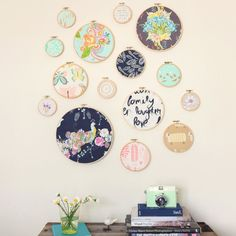 DIY embroidery hoop wall art- could be an adorable wall decoration in a baby girls room one day. & 10 Excellent Embroidery Hoop Crafts | Pinterest | Embroidery hoop ...