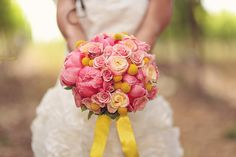 Pink and Yellow Bouquet / Anne Schillings Photography