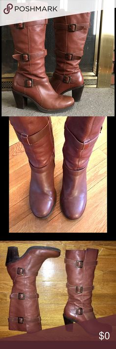 """BROWN CALF LEATHER """"VIA SPIGA"""" BOOTS SZ 7.5 💞 These Via Spiga boots are in very good condition. They are from my personal wardrobe. No tears, scratches or dents. A few scuff marks on the toes. The soles still have years left. The stacked leather on the heels have a bit of wear to the finish. No shredding in the stitching. The heel lift is barely worn down. These have zippers on the inside of the boot shaft. The rugged three buckle design and rich brown leather make them perfect for jeans…"""
