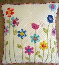 5 Patchwork Cusion Ideas - New Craft Works Applique Cushions, Patchwork Cushion, Sewing Pillows, Quilted Pillow, Applique Quilts, Patchwork Quilting, Bird Applique, Patchwork Ideas, Applique Patterns