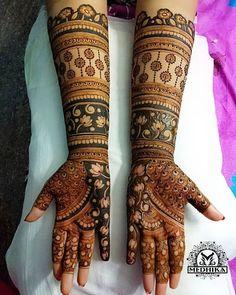 Best mehndi/henna design inspiration for your wedding functions.