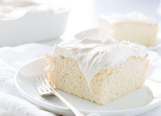 Gelin gibi beyazlara bürünmüş pastanızı keyifle yiyeceksiniz!