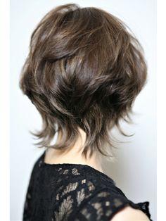 Shaggy Short Hair, Short Shag Hairstyles, Short Hair With Layers, Short Hair Cuts, Medium Hair Styles, Curly Hair Styles, Chin Length Hair, Androgynous Hair, Shot Hair Styles
