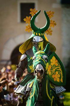 14th century knight armour