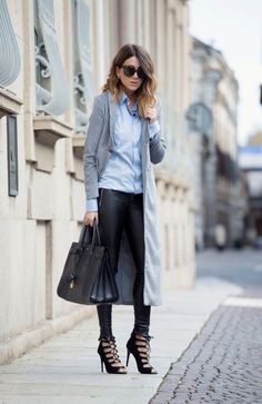 CAPPOTTO GRIGIO LUNGO & SANDALI STRINGATI fashion blogger