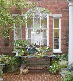 35 innergårdar som får dig att längta efter ljumma sommarkvällar   Sköna hem