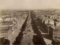 Belle perspective de l'avenue des Champs-Elysées depuis l'Arc de Triomphe, vers 1885. Paris d'antan, Facebook