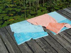 Badetuch mit eingewebten Zitaten, von verum textilia / Österreich Strand, Hemp, Sun, Weaving, Textiles, Cotton