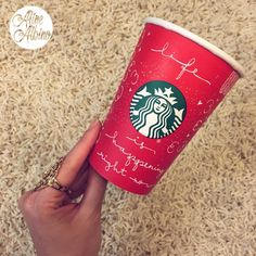 Life is happening right now.  #typespire #goodtype #thedailytype #thedesigntip #handlettering #lettering #typography #typeveryday #handmadefont #creativity #design #byalinealbino #frases #quote #starbucks #redcup