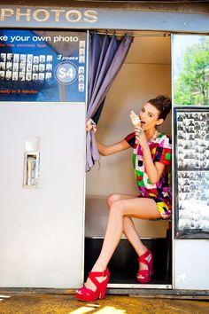pose idea hire a photobooth? hehe