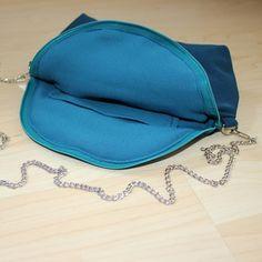 #mala #feixo #personalizar #bag #zipper #personalized #petrol Zipper, Craft, Bag, Instagram, Fashion, Purse, Moda, Creative Crafts, Fashion Styles