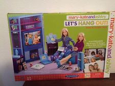 Mary-Kate and Ashley Let's Hang Out! Mattel Playset - NRFB