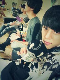 140827 - TwT Daehyun and his matoki.  I want both of those!  Hehe.  <3