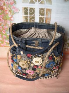 Details about Peruvian Wool Belt Floral - embroidered White Belts - Womens Belts S - M- L- XL Denim Handbags, Denim Tote Bags, Denim Purse, Quilted Handbags, Diy Bags Purses, Mode Jeans, Denim Crafts, Purse Styles, Fabric Bags