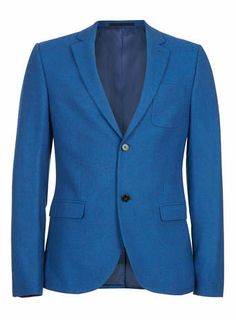 For a contemporary and stylish silhouette our skinny fit blazer is slimmer across the shoulders, chest and around the waist with narrow sleeves creating a sharp smart look. A coloured blazer can add a touch of excitement to a tired formal look. This flannel cobalt blue, single breasted, 2 button blazer is perfect if you wanted to try something different to the more traditional blazer jacket colour choices.