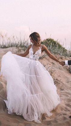 Wedding Dress Chiffon, Outdoor Wedding Dress, Cute Wedding Dress, Rustic Wedding Dresses, Best Wedding Dresses, Party Wedding, Wedding Cakes, Wedding Ideas, Dress Lace