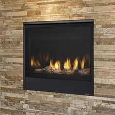 Majestic Quartz Direct Vent Gas Fireplace - 32"