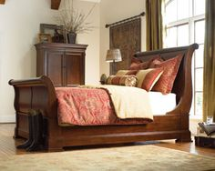 thomasville martinique sleigh bed master bedroom