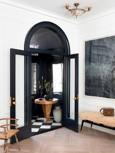 Design Trend: This Classic 70's Beauty Is Back Inspiration Room, Pinterest Inspiration, Interior Inspiration, Design Room, Design Entrée, Design Table, Style At Home, Home Interior Design, Interior And Exterior