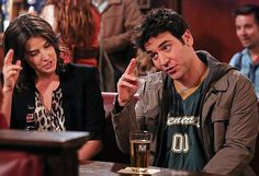Robin (Cobie Smulders) and Ted (Josh Radnor) in a recent How I Met Your Mother episode. How I Met Your Mother, Ted And Robin, Best Sitcoms Ever, Maxon Schreave, Mother Pictures, Cocktails, Tv Couples, Himym, I Meet You