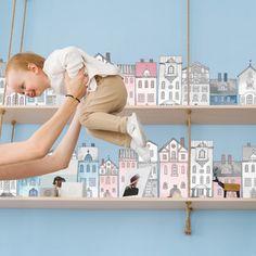 Samolepiace tapety s motívom domčekov sú ako stvorené do detskej izby. Môžete ich nalepiť nad poličku, na stenu ku posteli, alebo aj na nábytok. Kidsroom, Baby Room, Polaroid Film, Bedroom Kids, Child Room, Nursery, Infant Room, Babies Nursery, Babies Rooms