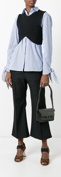 MARNI Trunk shoulder bag, explore the latest new season bags on Farfetch.