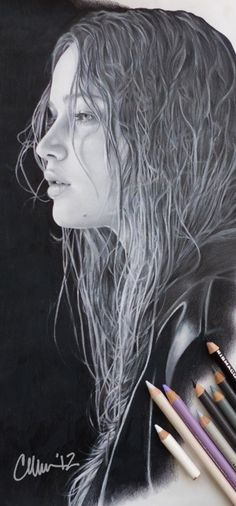 Love this drawing of Jennifer Lawrence - hair isn't easy to draw well, especially wet! And her face is just amazing, especially the eye. Amazing Drawings, Realistic Drawings, Amazing Art, Color Pencil Art, Pencil Portrait, Jennifer Lawrence, Pencil Drawings, Charcoal Drawings, Love Art