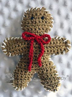 Ravelry: The Gingerbread Man pattern by Crochet Makes Me Happy My grandma made me a girl one. Cute Crochet, Crochet Crafts, Crochet Yarn, Yarn Crafts, Crochet Toys, Crochet Projects, Diy Crafts, Crochet Christmas Ornaments, Holiday Crochet
