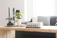our living room - Wohnzimmer - Couch - Xenos - Depot - PUUURO - black & white - schwarz - weiß - skandinavisch -scandic - scandinavian - modern - interior - Hema - flowerbox - minimalistisch - minimalism