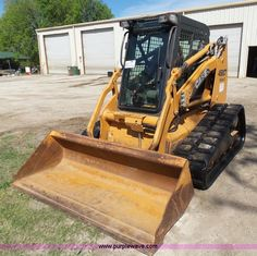 2010 Case 450CT Series III skid steer | Item L1532 selling at Thursday April 28 Construction Equipment Auction | Purple Wave, Inc.