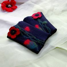 Red poppy sing - Hand felted wrist warmers, wristlets, fingerless gloves, cuffs,black with red poppies-made to order