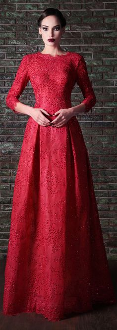 podobná sukně, délka rukávů, výstřih a barva