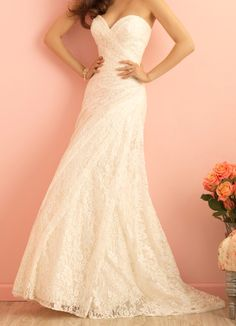 Strapless lace rushed wedding dress