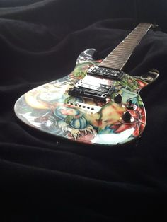 custom painted guitar Guitar Painting, Guitar Art, Painted Guitars, Guitar Design, Custom Paint, Fantasy Art, Hand Painted, Canvas, Creative