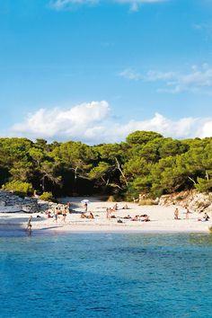 Cala es Talaier, Menorca, Balaeric Islands, Spain. Photo: Mirjam Bleeker