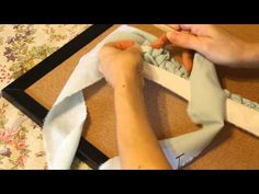 Starting an Oval Toothbrush Rug Part I - Rug making Rag Rug Diy, Diy Rugs, Toothbrush Rug, Homemade Rugs, Rag Rug Tutorial, Oval Rugs, Rug Loom, Fabric Rug, Scrap Fabric