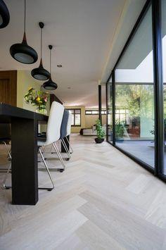 Foyer Flooring, Living Room Flooring, Home Living Room, Living Room Decor, Wood Floor Design, House Staircase, White Oak Floors, Interior Design Living Room, New Homes