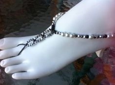 Sparkly barefoot sandals elegant foot thong stretch foot jewelry beachy cruise metallic silver black and white pearls