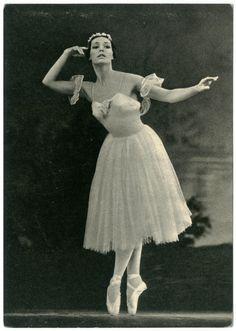 N. Fedorova in 'Chopiniana'_Svetskiy Judoshnik (Sovemskuy Balet) | by Performing Arts / Artes Escénicas