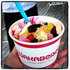 Photo by sn00pygr00py • Instagram  Waka bowl of happiness Frozen Yoghurt, Acai Bowl, The Creator, Berries, Food And Drink, Cream, Breakfast, Health, Happiness