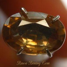 Segera Batu Mulia Berkualitas Yellowish Brown Oval Zircon 2.23 carat www.rawa-bening.com