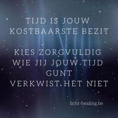 Motiverende quotes, memes, spreuken en veel meer. - Licht-Healing * Marieke Bertens * Energetisch Coach Motiverende Quotes, Burns, Periodic Table, Spirituality, Healing, Wisdom, Sayings, Inspiration, Style