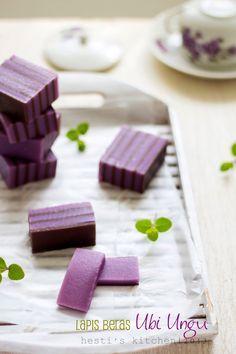 Lapis beras ubi ungu - purple yam layered rice flour cake [Recipe in Indonesian]