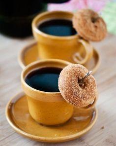 Coffee Cafe, Coffee Drinks, Coffee Humor, Coffee Barista, House Coffee, Coffee Logo, Coffee Menu, Coffee Branding, Coffee Creamer