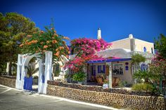 Santorini Café by Drasko Stojadinovic on Power Tools, Santorini, Mansions, House Styles, Places, Gypsy Soul, Bohemian Style, Kiss, Turkey
