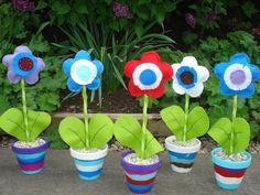 ARGE Kleinschulen in Vorarlberg: > Textiles Werken Iris Folding, Felt Crafts, Planter Pots, Crafts For Kids, Kindergarten, Textiles, Blog, 3c, Note
